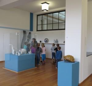 Zijzaal met tijdelijke eigen collectie presentatie