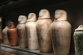 Egyptische kanopen, as-urnen